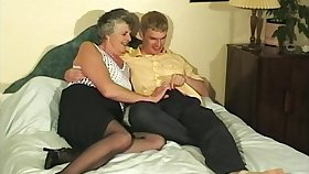 Horny Granny Steph for all gets prevalent taste a young delicious pecker