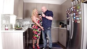 Deepthroat and kitchen sex for a busty defoliated mom