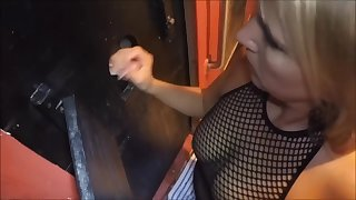 Working coccks for cum at glory hole